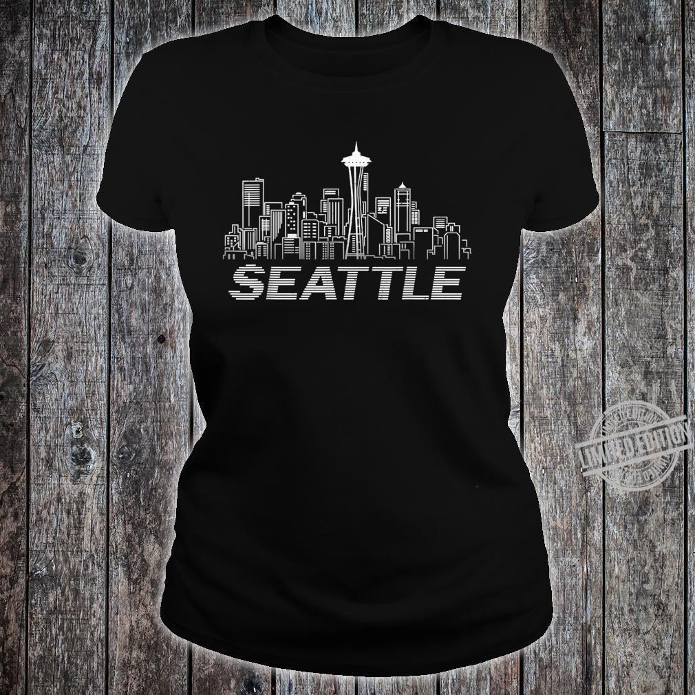 Grunge Seattle Skyline Distressed Look design Shirt ladies tee